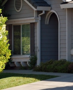 driveway-walkway-grass-lawn-entrance-doorway